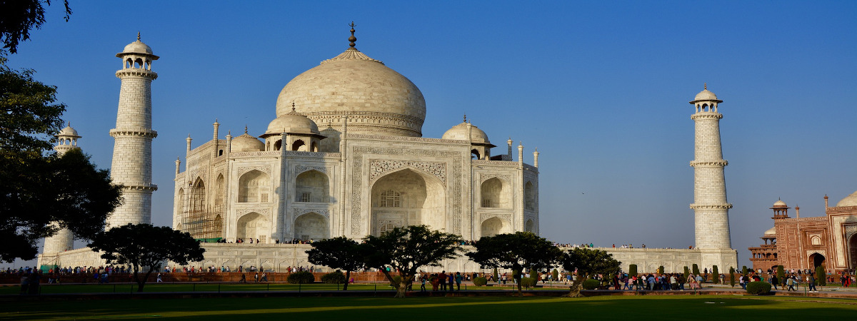 Roundtrip flight Winnipeg - Delhi for $765