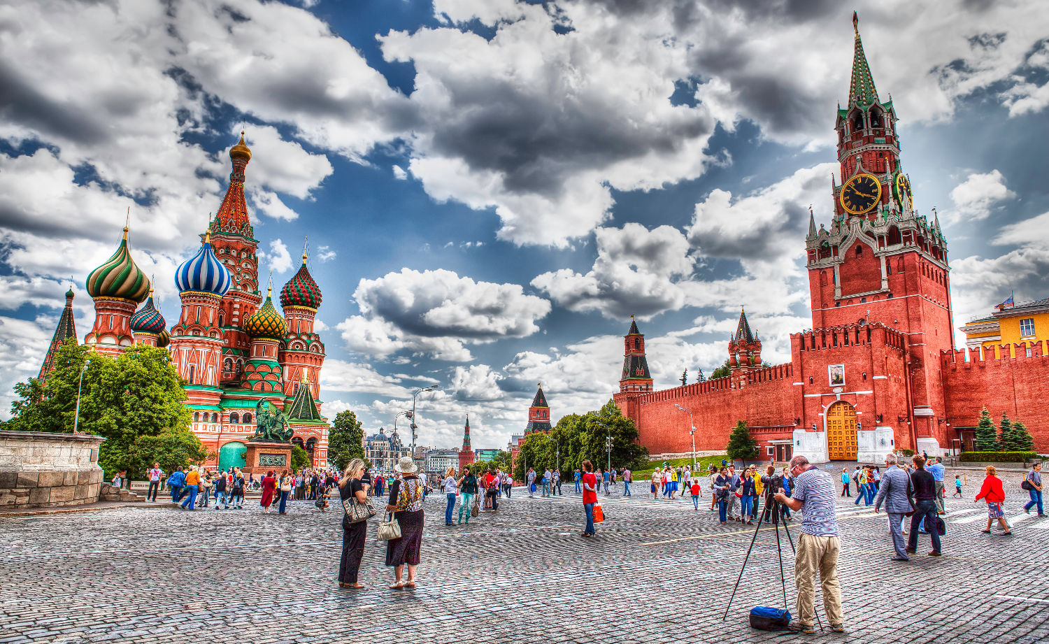 Roundtrip flight Vancouver - Moscow for $870 in JUL-OCT