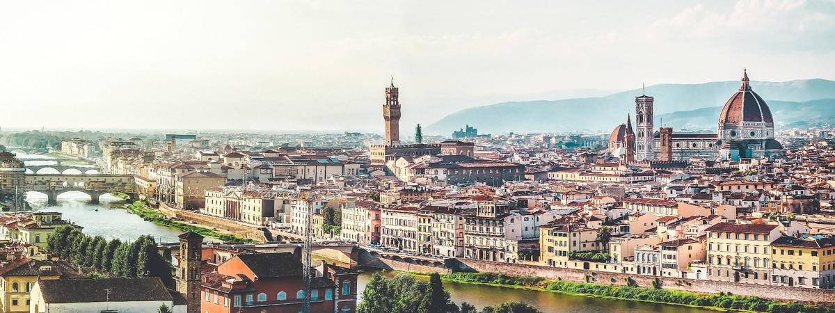 Roundtrip flight Montreal - Florence for $618