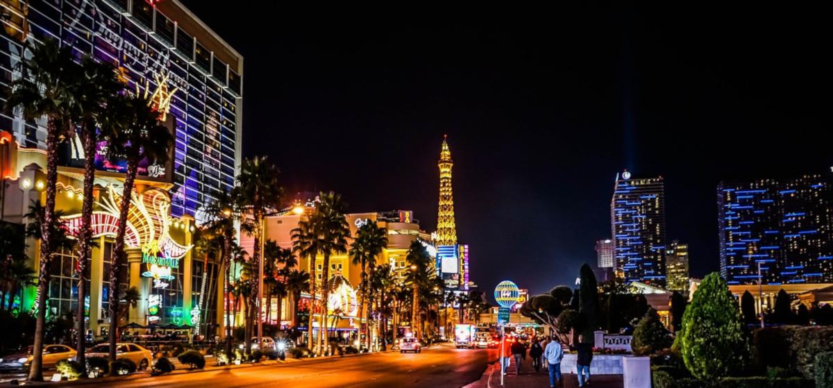 Roundtrip flight Cincinnati - Las Vegas for $68