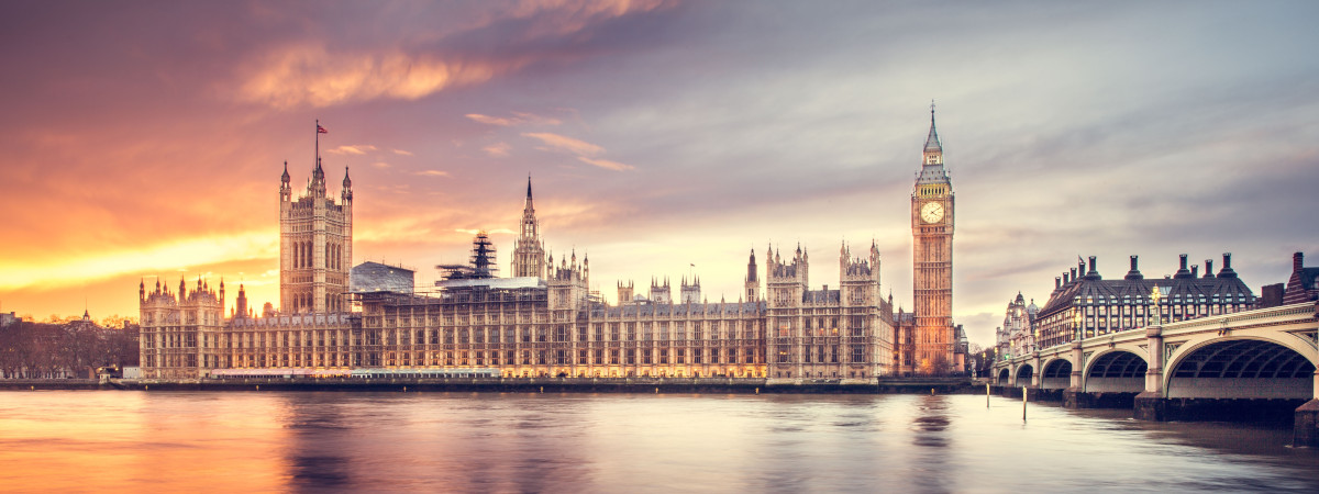 Roundtrip flight Montreal - London for $548