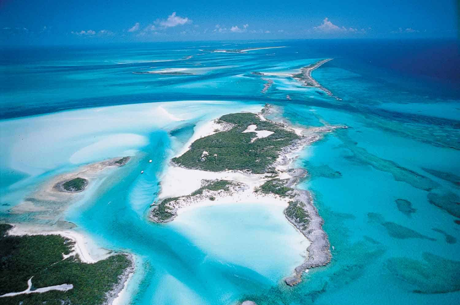 Expired: BAHAMAS for $150 roundtrip from Toronto!!!