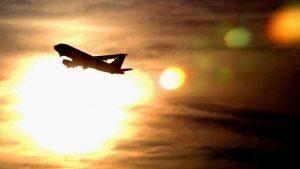 Il fait trop chaud pour les avions en ce moment en Arizona, ils ne peuvent pas décoller!