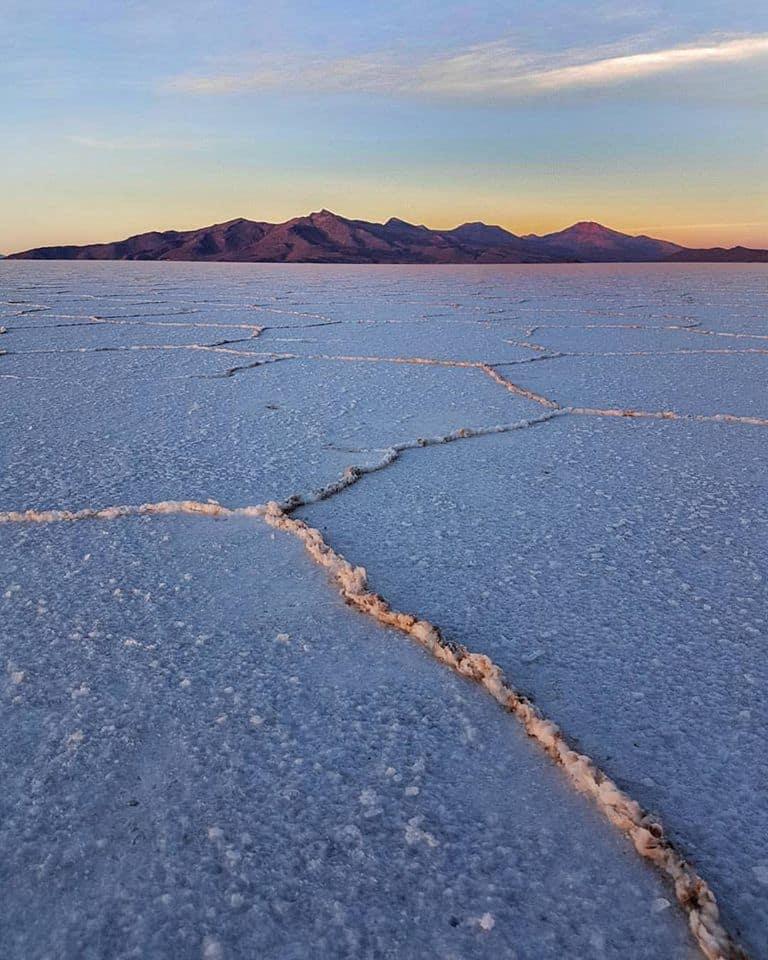Lever de soleil sur le Salar de Uyuni - Bolivie