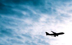 8 meilleurs conseils pour survivre à un long vol en classe économique