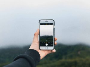 Comment accéder à Internet et utiliser son cellulaire en voyage