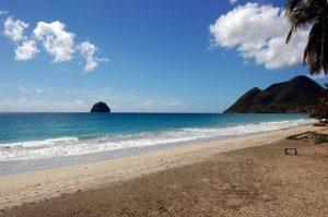 TOUR DU MONDE: 1536$ pour vous envolez à Hawaï, en Australie, en Asie, en Grèce et en Angleterre