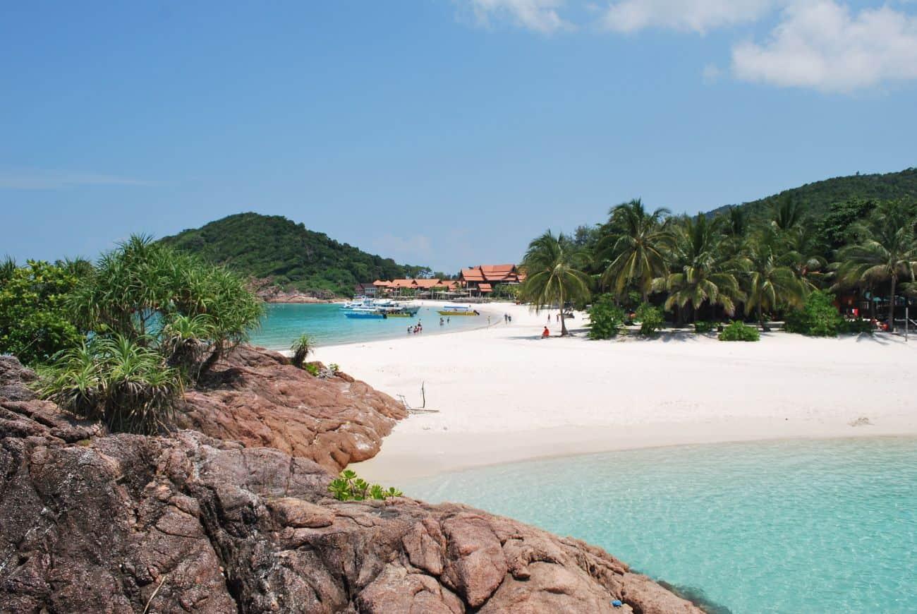 TOUR DU MONDE à 948$US (1220$CAD) : Hawaï, Malaisie, Singapour, Grèce, Italie, Angleterre