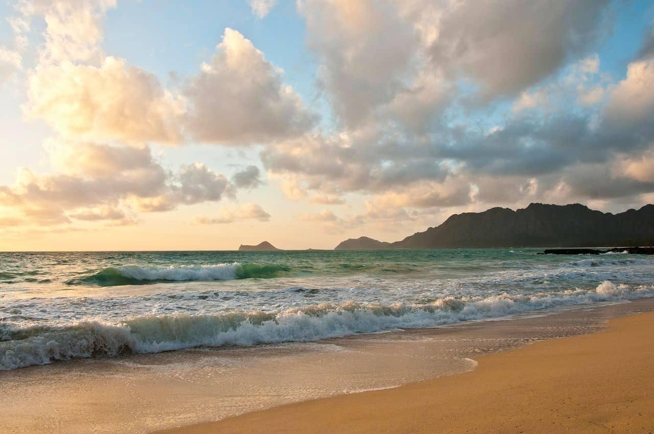 ÉTÉ: TOUR DU MONDE à 1498$ (Hawaï, Malaisie, Singapour, Grèce, Italie, Angleterre)