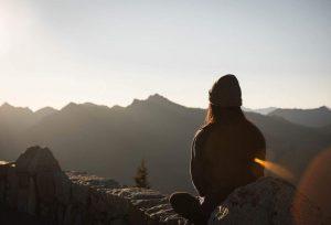 Top 5 astuces pour ne plus avoir peur de voyager seul(e)