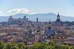 Read more about the article 147 villes à moins de 147$ aller-retour: les destinations européennes où vous pourrez vous envoler au départ de Londres cet été si vous gagnez notre concours