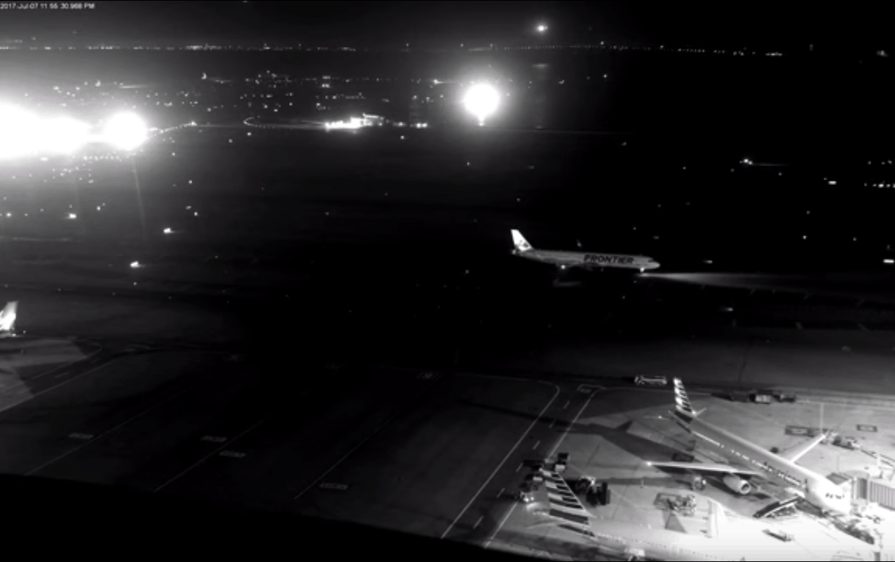 "SCARY VIDEO: The ""Worst Disaster In Aviation History"" Avoided By Just A Few Meters"