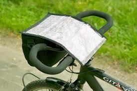 carte routière à vélo