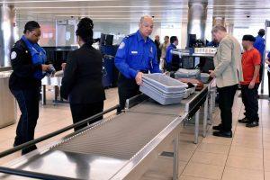 Read more about the article La TSA veut complètement enlever tous les contrôles de sécurité dans 34% des aéroports américains