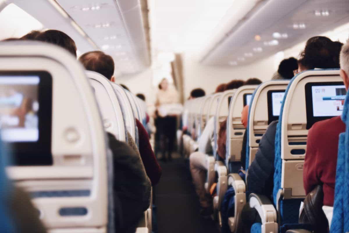 10 comportements à éviter en avion