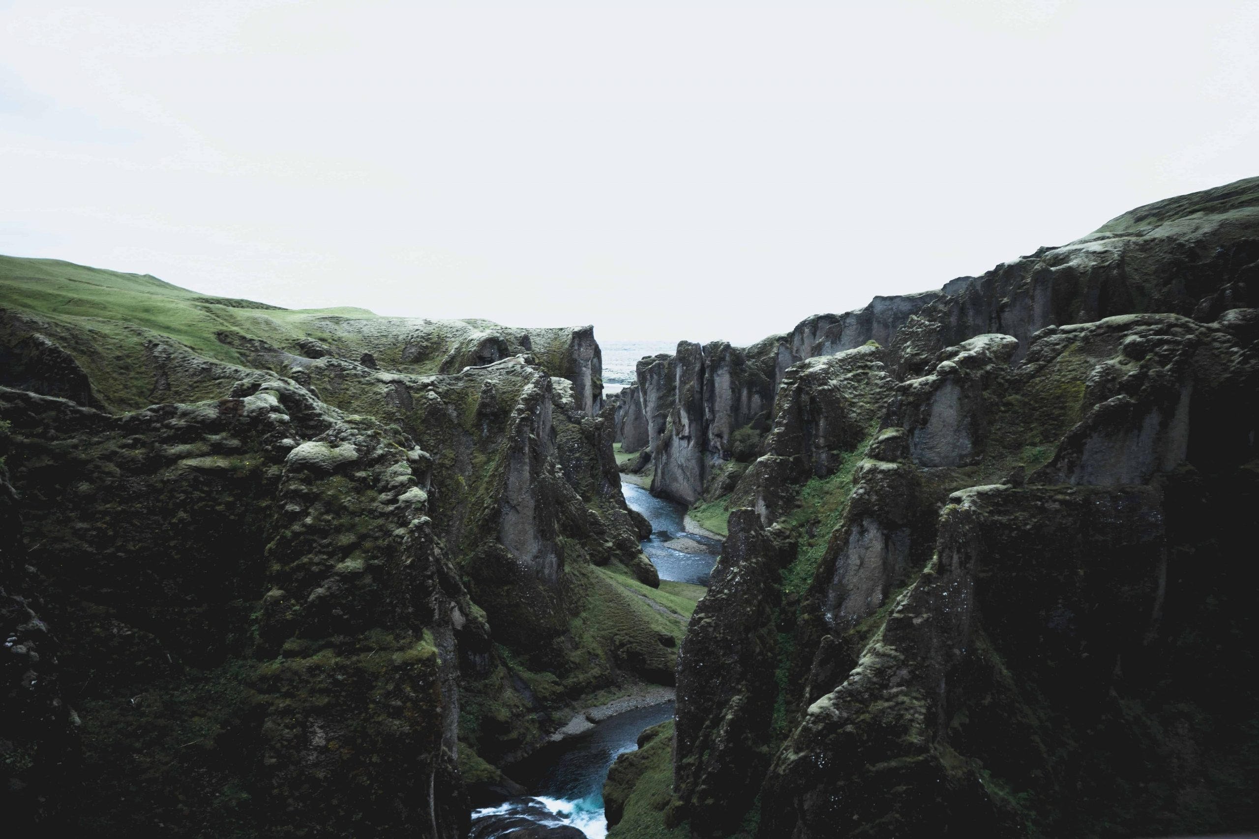 Video: Exceptional Landscapes In Iceland (And A Few Tips)