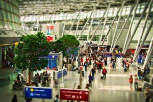 """Les """"ventes"""" des compagnies aériennes: ce que tu dois savoir"""