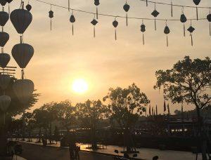 Hoi An (Vietnam): la magnifique ville des lanternes… et escapade au fameux Golden Bridge