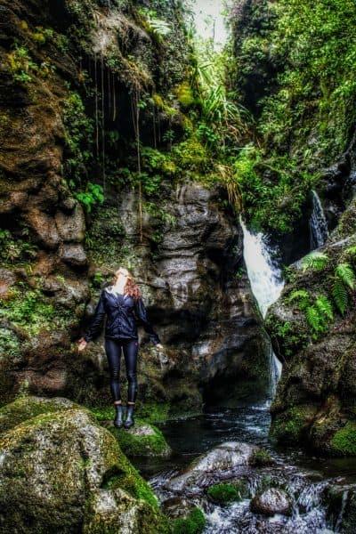 kauai best hikes - weeping wall