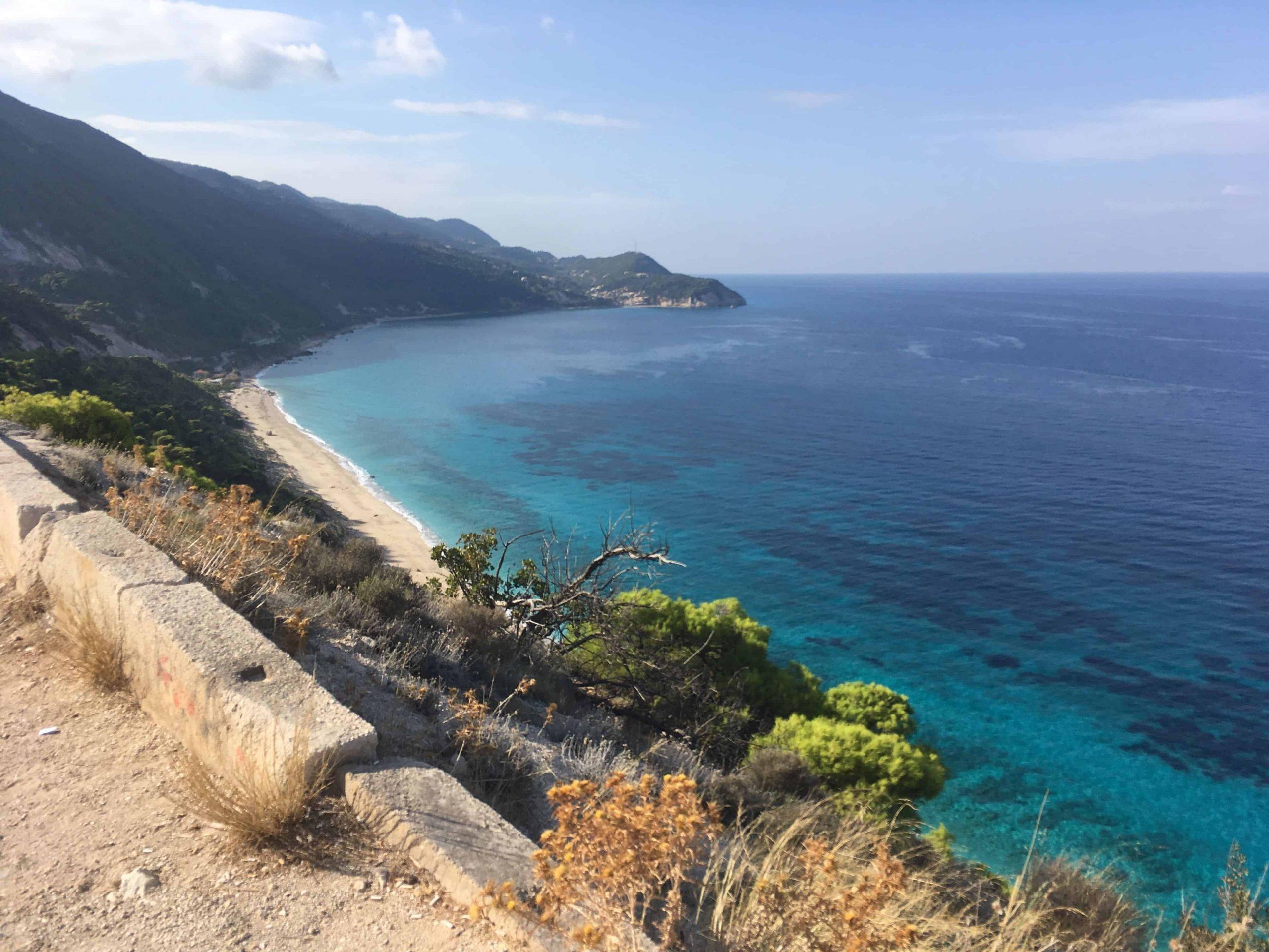 Falaises et mer bleu turquoise!