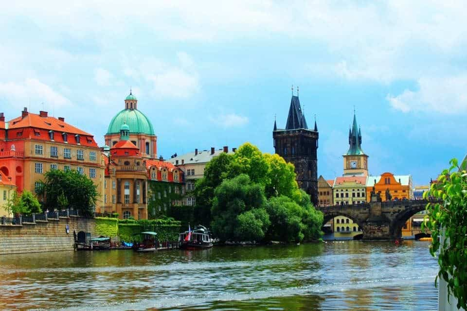 3 Reasons To Visit Prague (And 5 Things To Do There On Your Getaway In Eastern Europe)