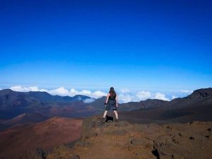 6 Hikes In Hawaii (On 3 Islands): Walking On Volcanoes