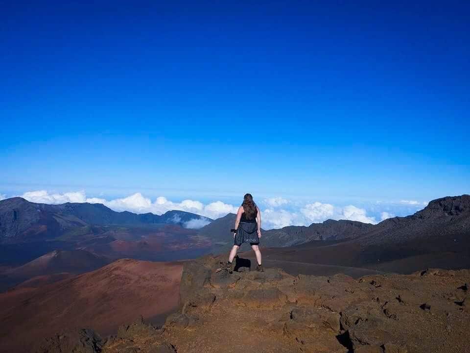 6 Hikes In Hawaii (On 3 Islands): Walking On Volcanoes