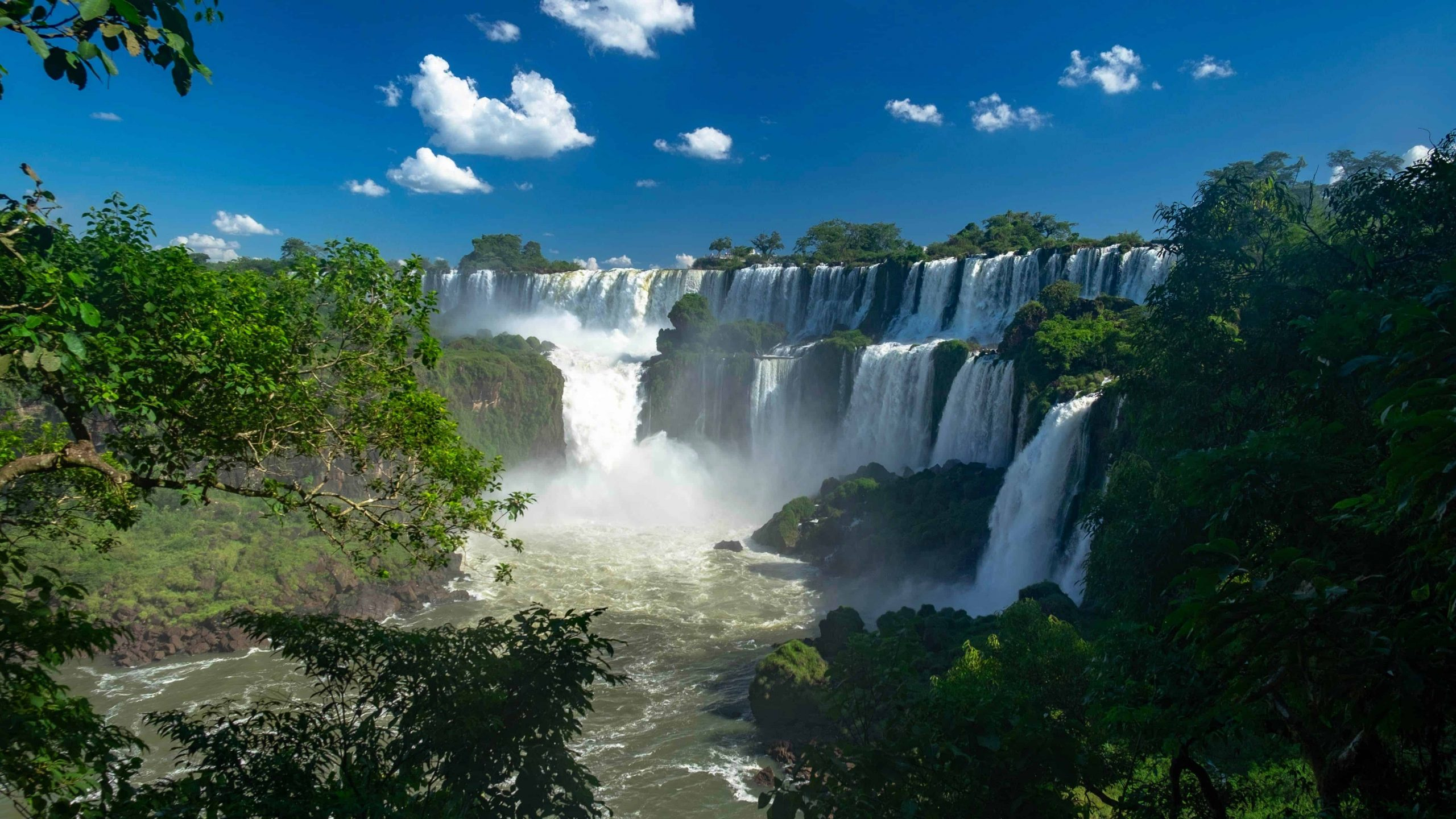 The 4 Best Waterfalls In The World (And Why)
