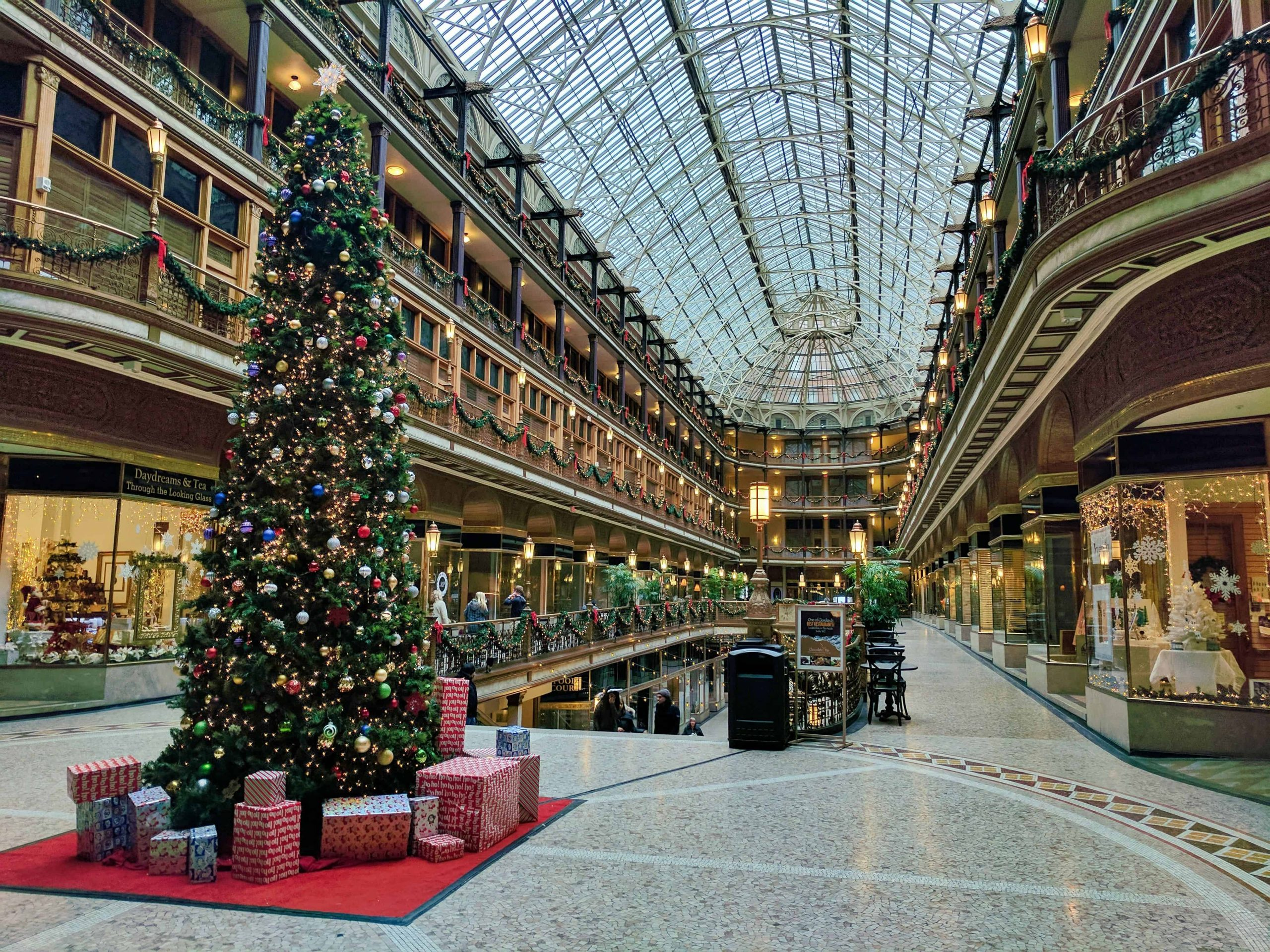 Save Money On Holiday Shopping And Lengthen Your Trips By Days Completely Free