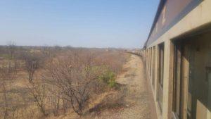 Mon périple en train de 1000 kilomètres et 35 heures à travers le Zimbabwe et le Botswana