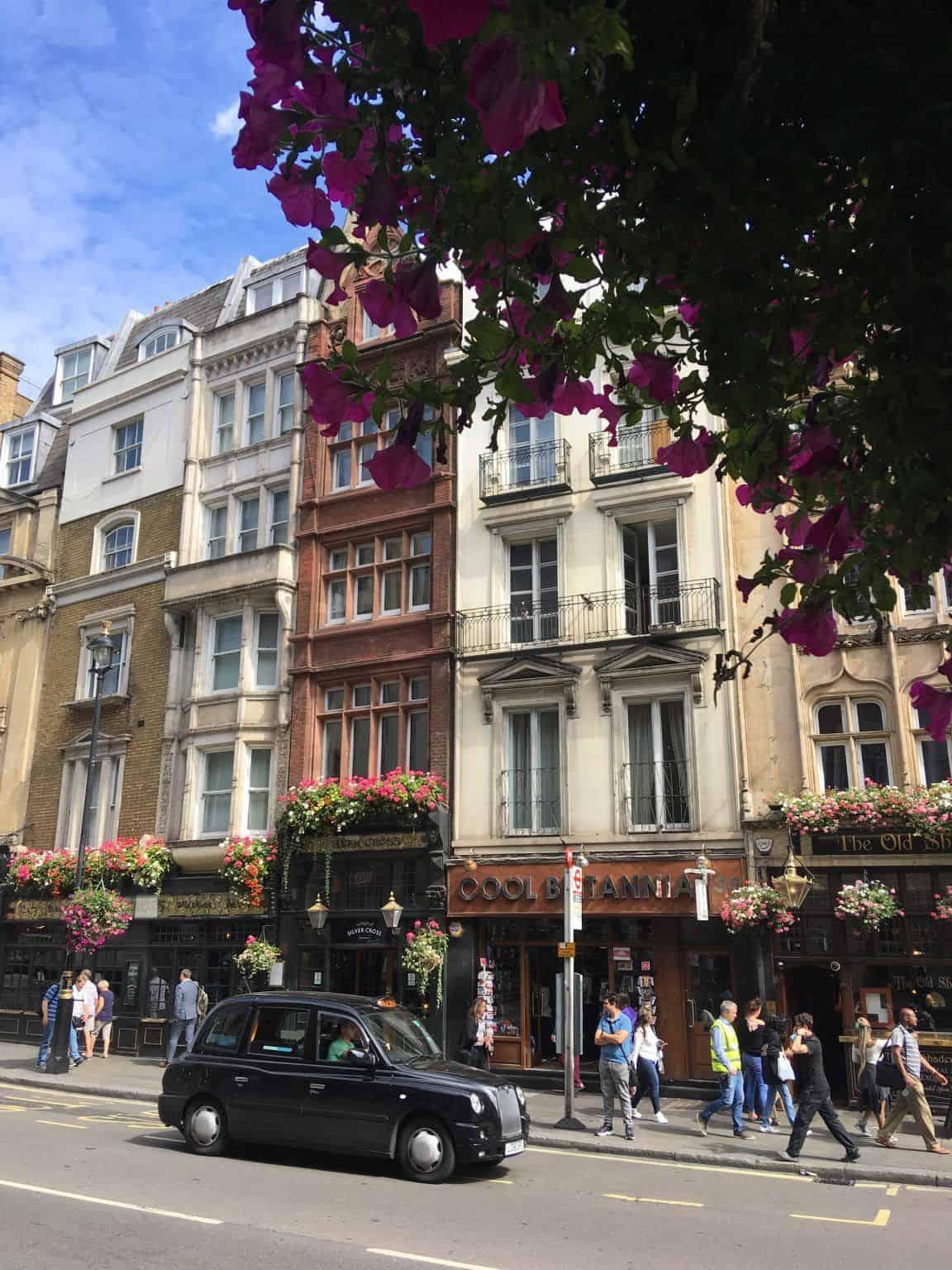 Rues de Londres et black cab