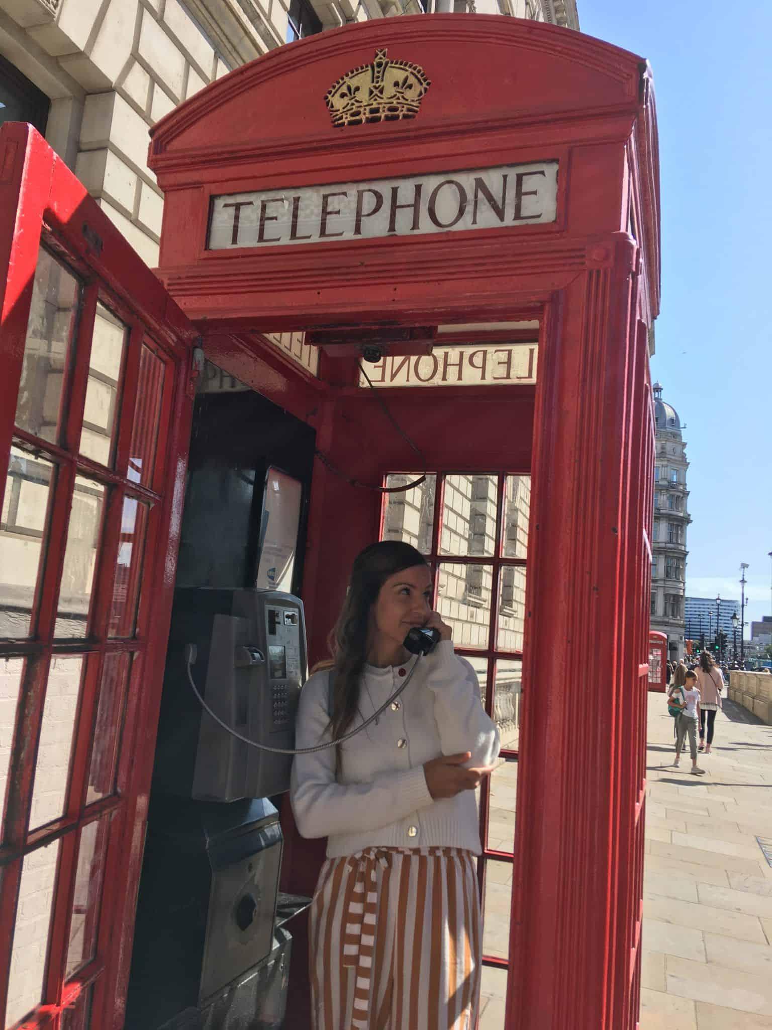 Cabine téléphonique londonienne