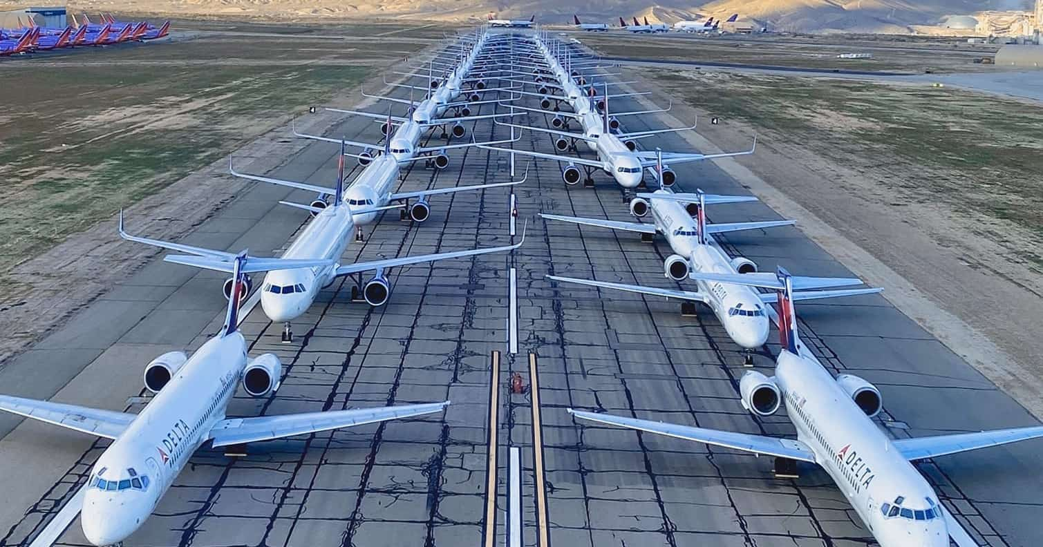 21 Impressive Pictures Of Planes Grounded Because Of The Coronavirus