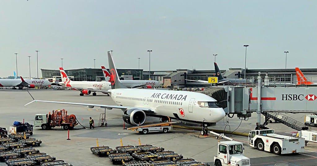 Exclusivité Flytrippers: combien de gens voyagent présentement au Canada