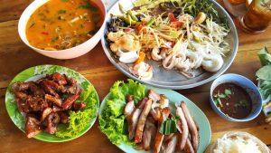 Nourriture gratuite pour voyager de la maison à travers tes papilles gustatives