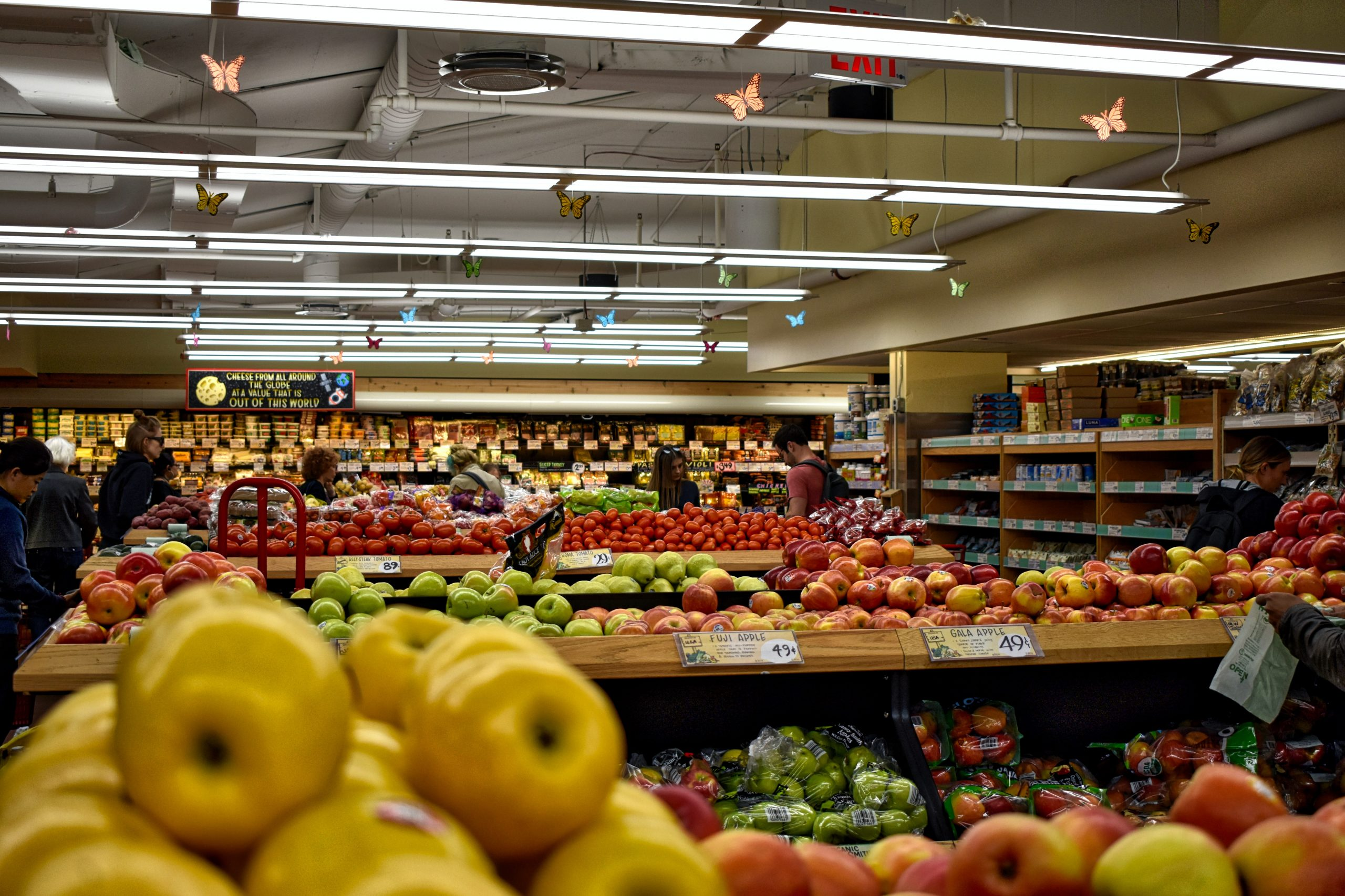 You are currently viewing Grocery Stores That Accept American Express Cards In Canada